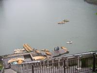 ダム湖のカヌー乗り場