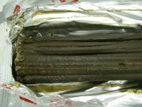 写真:チョコレートが融けて一つになったグリコのポッキーその2