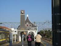 JRのホームがそのまま銚子電鉄のホームに