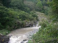 叢石橋付近の神流川