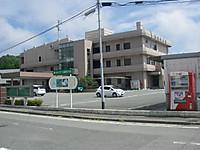 鉄筋三階建ての楢葉町役場